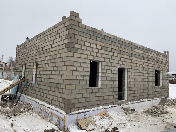 Доступное жильё за городом это малоэтажное строительство из теплоблоков